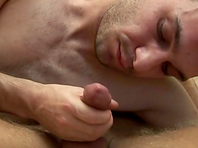 Horny gay gets his ass pounded hard and enjoys a facial